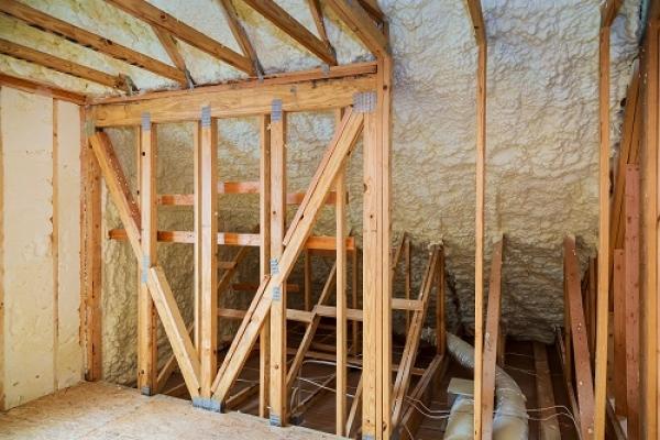 walls-and-roof-spray-foam9794A096-5B7C-1486-9E94-7E8316A49A5A.jpg